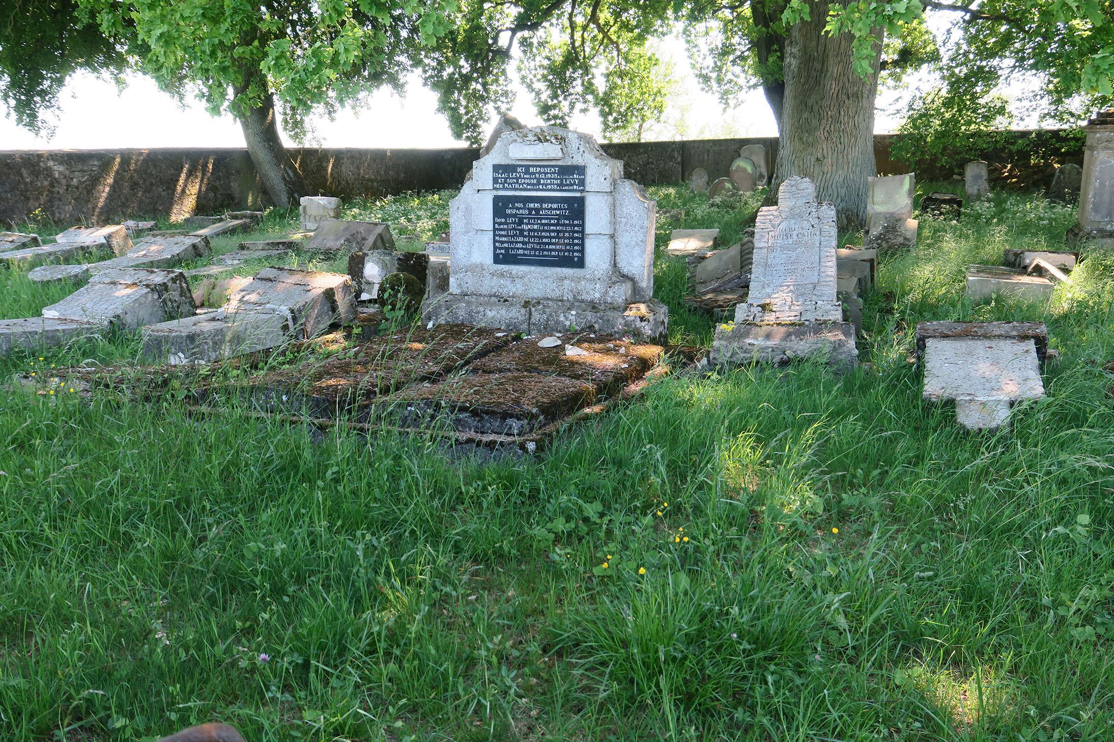 Le cimetière juif de Waldwisse